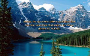 Psalm 33:18 – Merciful Lord Wallpaper