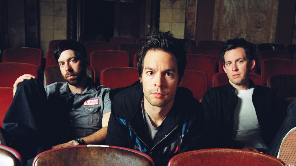 Christian Band: Chevelle On Theater Sits christian wallpaper free download. Use on PC, Mac, Android, iPhone or any device you like.