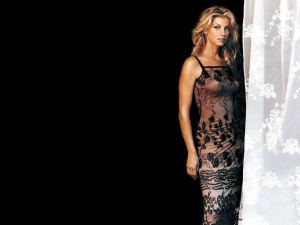 Christian Singer: Faith Hill Standing Black Background Wallpaper